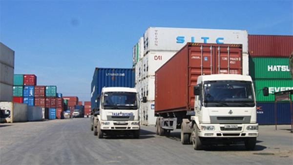 vận chuyển hàng từ Trung Quốc về Việt Nam, thực hiện bằng đường bộ bởi xe đầu kéo container, Công ty Dragon Team Logistics